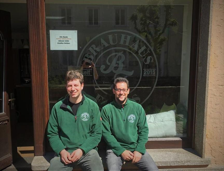 Braumeister Ludwig Koch und Fabian Schnödt