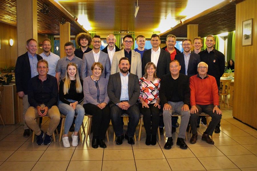 Die Stadtratskandidatinnen und Kandidaten der Neustädter SPD
